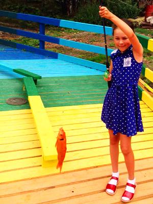 Шакирова Майя на детской рыбалке на Калиновке